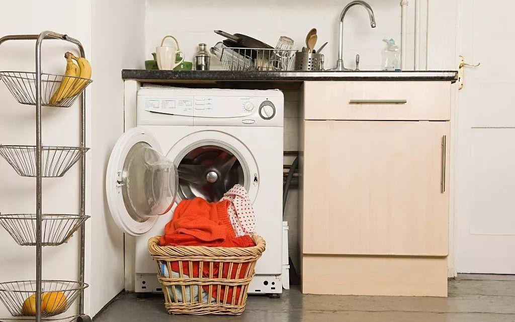 """家中的洗衣机到底有多脏?别在""""污水""""里洗衣了!"""