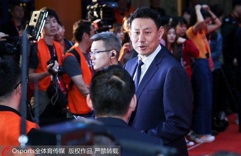 高清:2019男篮世界杯抽签仪式即将举行红毯仪式群星璀璨