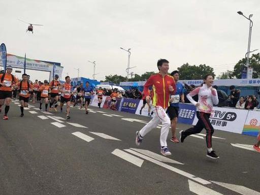 2019东山岛国际半程马拉松今日鸣枪  何雯娜、叶帅领跑_赛事 体育新闻 第3张