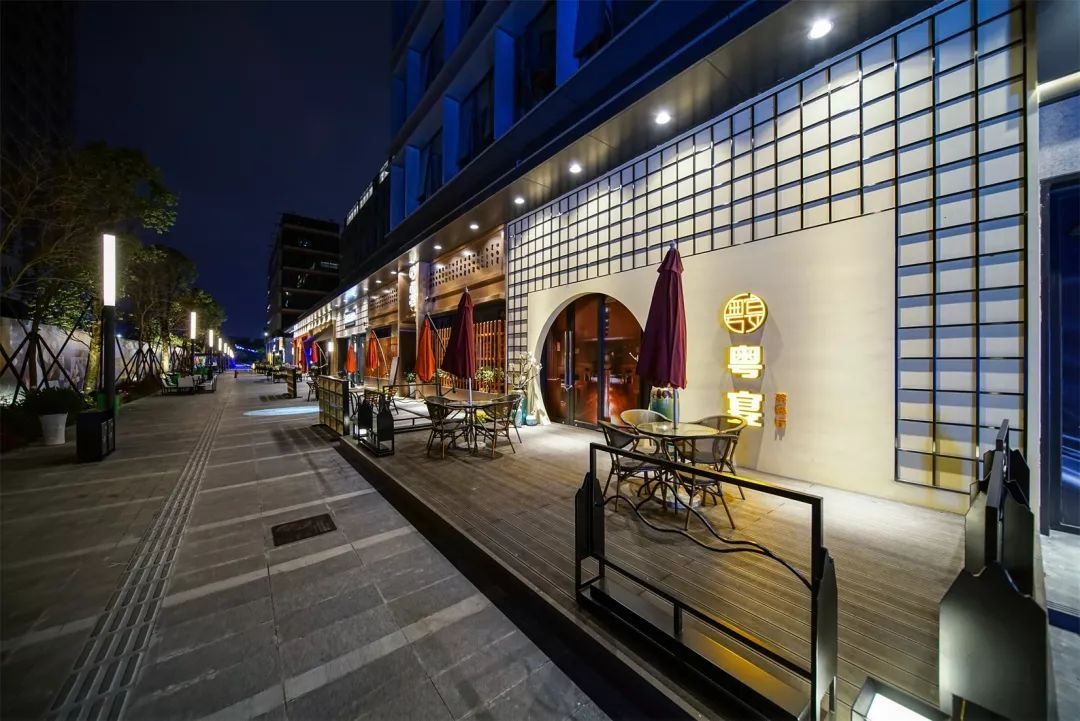 商业街区美陈:商业街区包装效果案例一览-上海美陈网