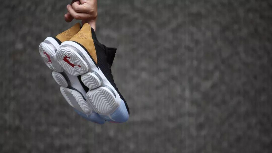 #XH55限量发售#【 Nike LeBron 16 Low Soundtrack 】