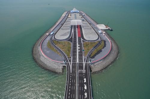 港珠澳大桥与深圳湾大桥对比 行驶车辆上桥需什么条件