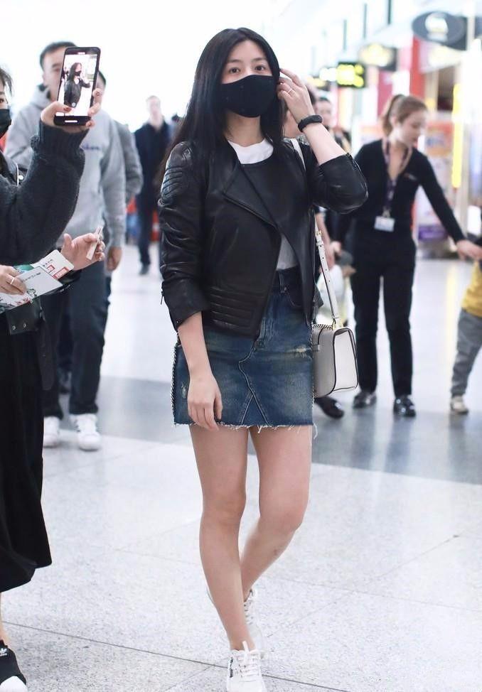 陈妍希特真实,就算没瘦得跟竹竿一样,丰满身材也漂亮!