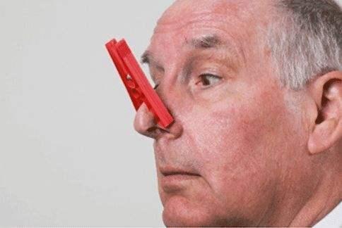 老人口臭怎么办_老人口臭是什么原因 老人口臭怎么办