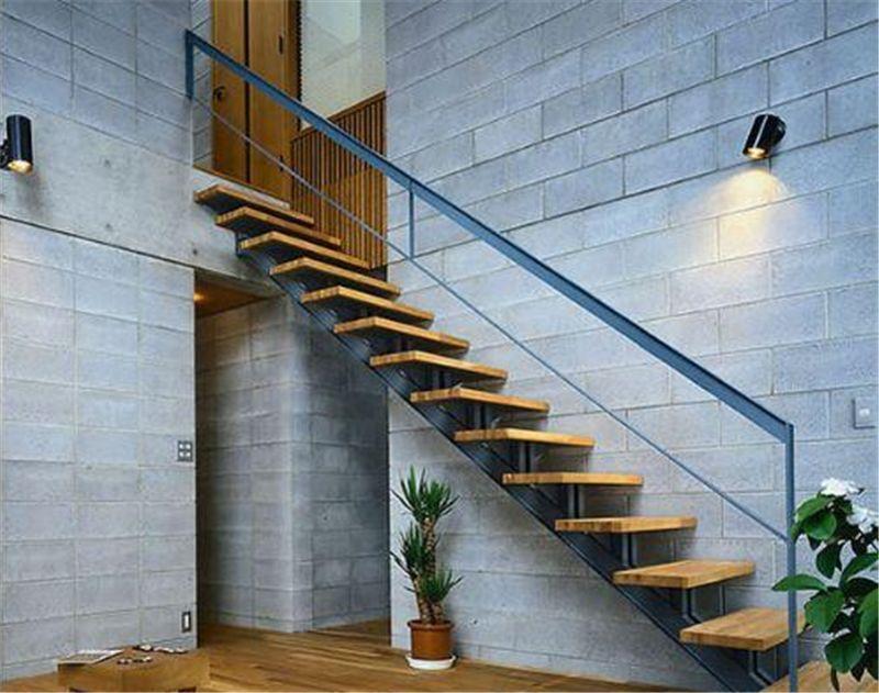 复式楼梯装修常见造型 复式楼梯风水禁忌