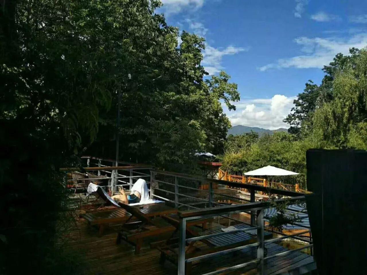 云南最适合自驾游的温泉景区风景独美我要去大自然中泡温泉!(图37)