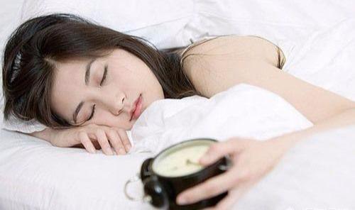 人每天应该睡多少个小时?这个数字没达到,你就离病床不远了