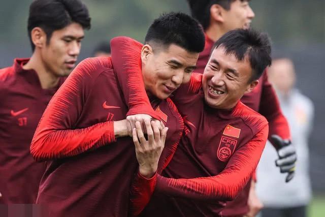 国足中国杯号码公布! 王永珀10号 韦世豪穿上武磊留下的7号