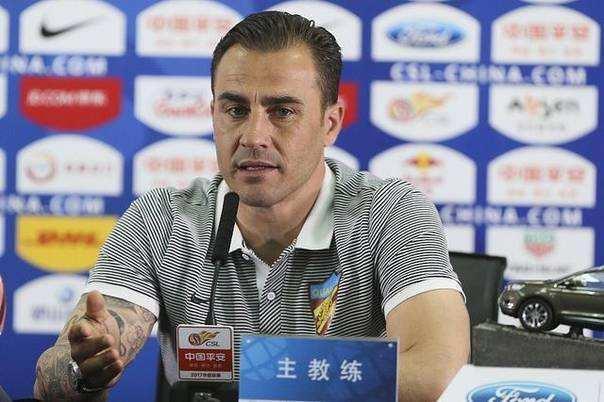 崔康熙大胆评价球队现状,球迷表示这样的教练必须留