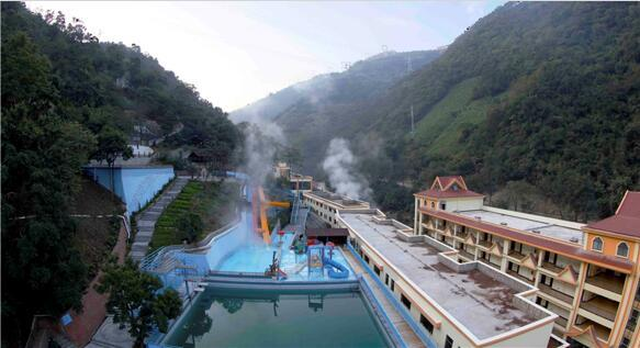 云南最适合自驾游的温泉景区风景独美我要去大自然中泡温泉!(图11)