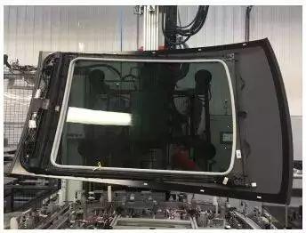 用于制造汽车天窗导轨的聚苯乙烯塑料复合材料获得JEC创新奖