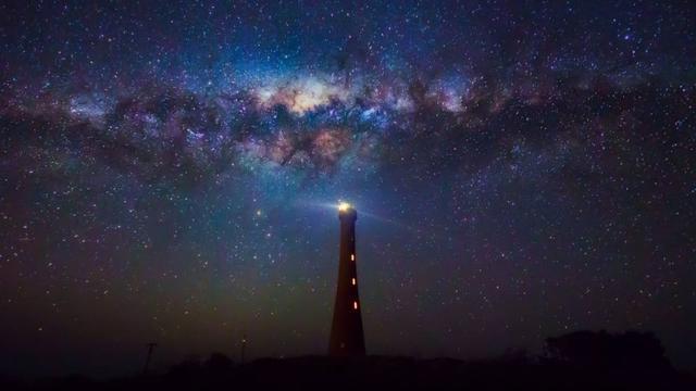 银河系有4大旋臂,我们处于哪条旋臂中?天上的银河又是哪条旋臂