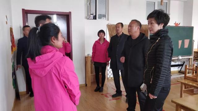 【关注】冯桂莎调研我旗教育教学和校园及周边安全