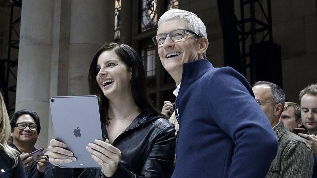 【虎嗅早报】9257.8亿美元市值超过微软,苹果重回全球第一宝座(图1)