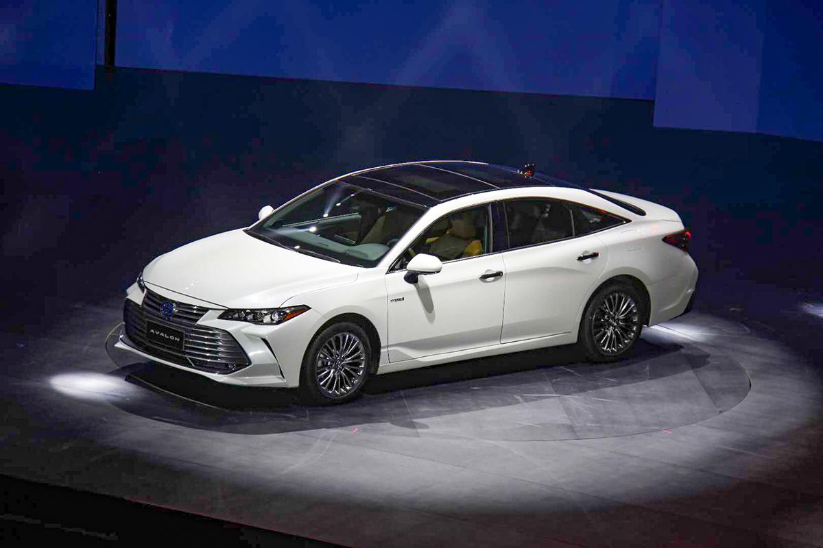 一汽丰田亚洲龙正式上市 售价20.88-28.98万