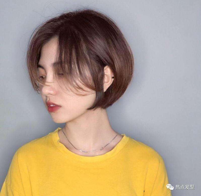 春天流行包包头_短发