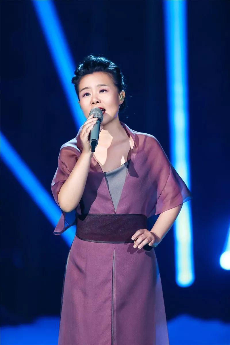 2019年歌手排行榜_歌手排名2019最新 歌手2019突围赛歌单排名 龚琳娜陈楚