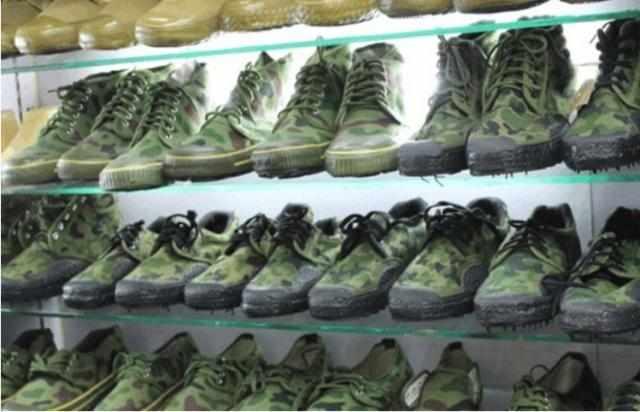中国人 阿迪涨价 穿不起 美国人 解放鞋才真的 贵到想哭