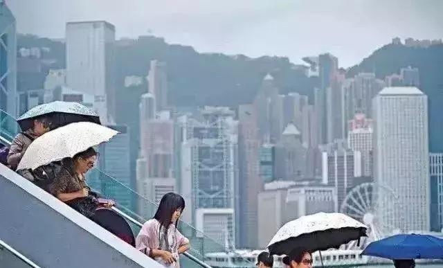 王自健话香港保险:内地中产和土豪的救命稻草?!