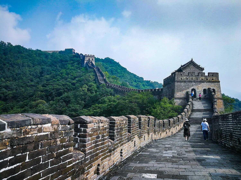 万里长城在是怎么修建而成的,两千多年建成的古代第一