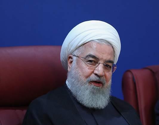 美國對伊朗放話,必須回到談判桌!這是善意,還是敲詐?_制裁