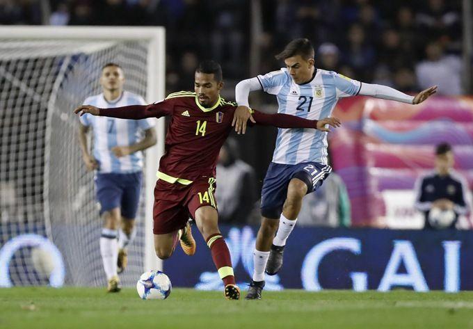 阿根廷输委内瑞拉球迷:梅西不会因此又退出国家队吧?