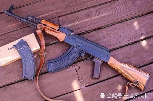 绝地求生性价比最高的枪,AKM排第三,第一非他莫属