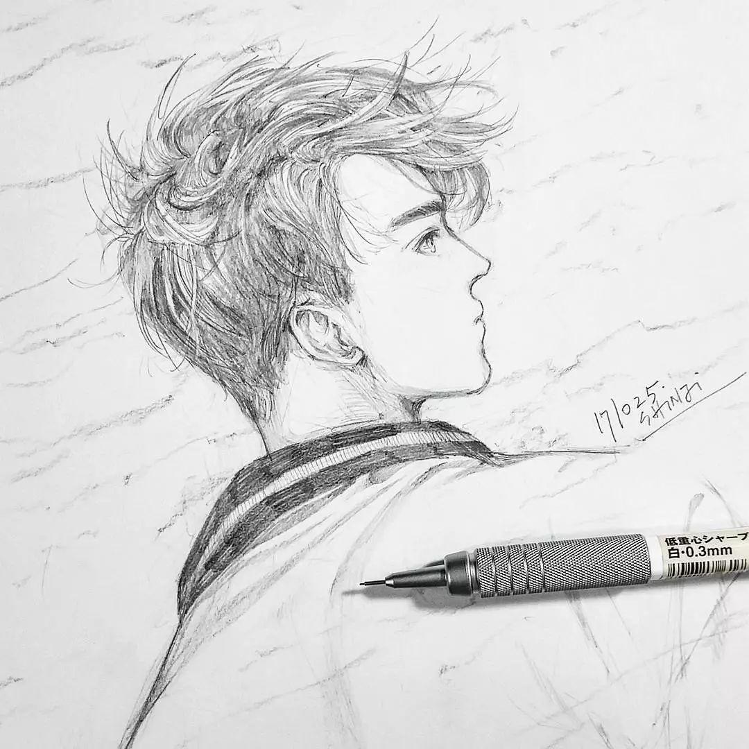 日本90后帅哥凭1支自动铅笔实力圈粉50万迷弟迷妹,不好意思,我有同款笔没有同款手