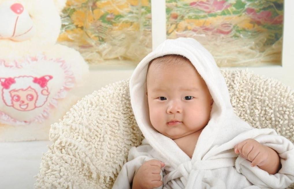 引起宝宝出现腹泻的原因有哪些