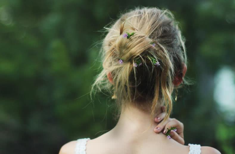 """心理學:三個女孩子,哪一個像是剛失戀,測出你的桃花運在哪_愛情"""""""