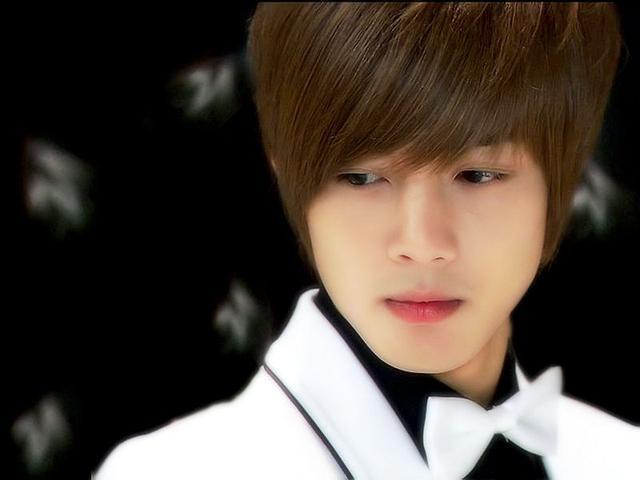 谁是世界上最帅的男生_世界上 最帅 的 男生 是谁