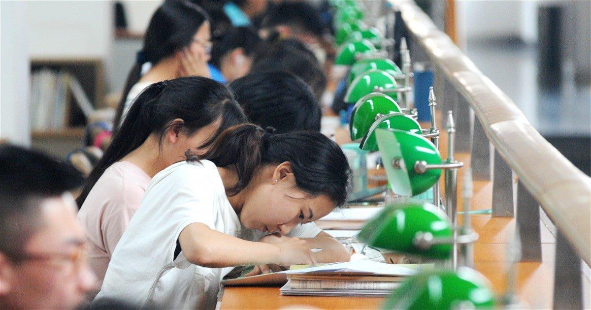 什么时候美国大学停止录取低于标准的中国学生,申请舞弊就能结束