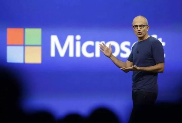微软转型之战的两场战役:业务层面和观念层面