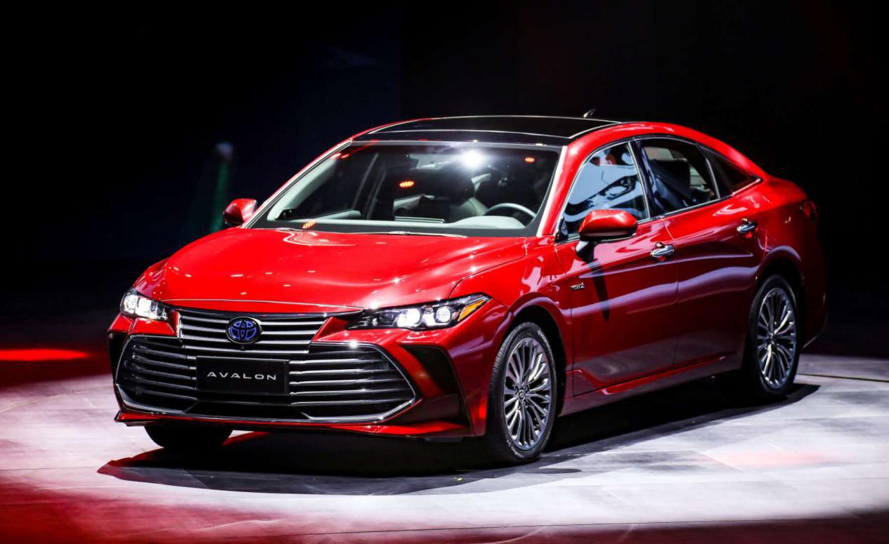 凯美瑞的价格、ES的品质!B+级亚洲龙重新定义中高级车