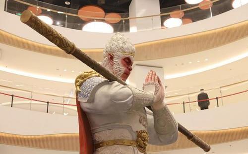 """网红美猴王护法火了!8米高的雕塑不叫悟空新名字是""""勿空"""" 行业新闻 丰雄广告第4张"""