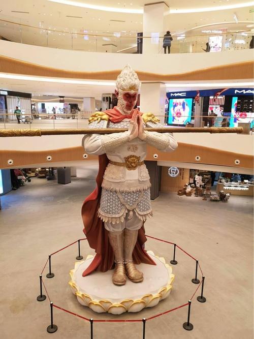 """网红美猴王护法火了!8米高的雕塑不叫悟空新名字是""""勿空"""" 行业新闻 丰雄广告第2张"""
