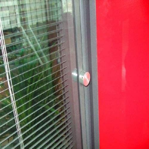 办公室中空百叶玻璃隔断是哪种形式?