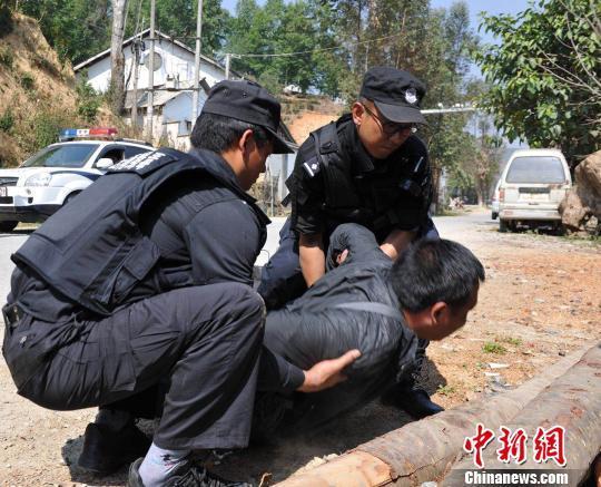 雲南西雙版納:嚴打跨境黑惡犯罪