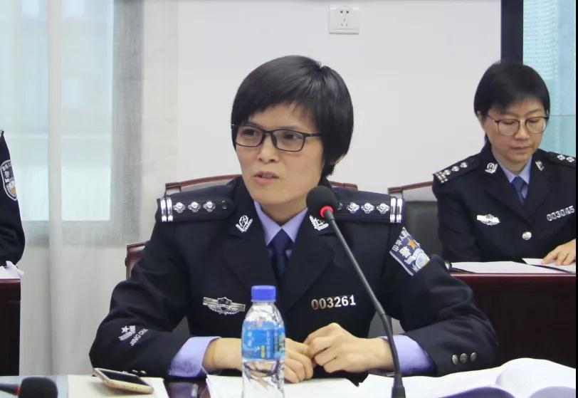 女神月 致敬广东机场公安女警(图16)