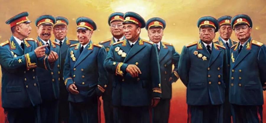 此人排名彭老总之后,打仗与林帅相当,还指挥过八位开国元帅