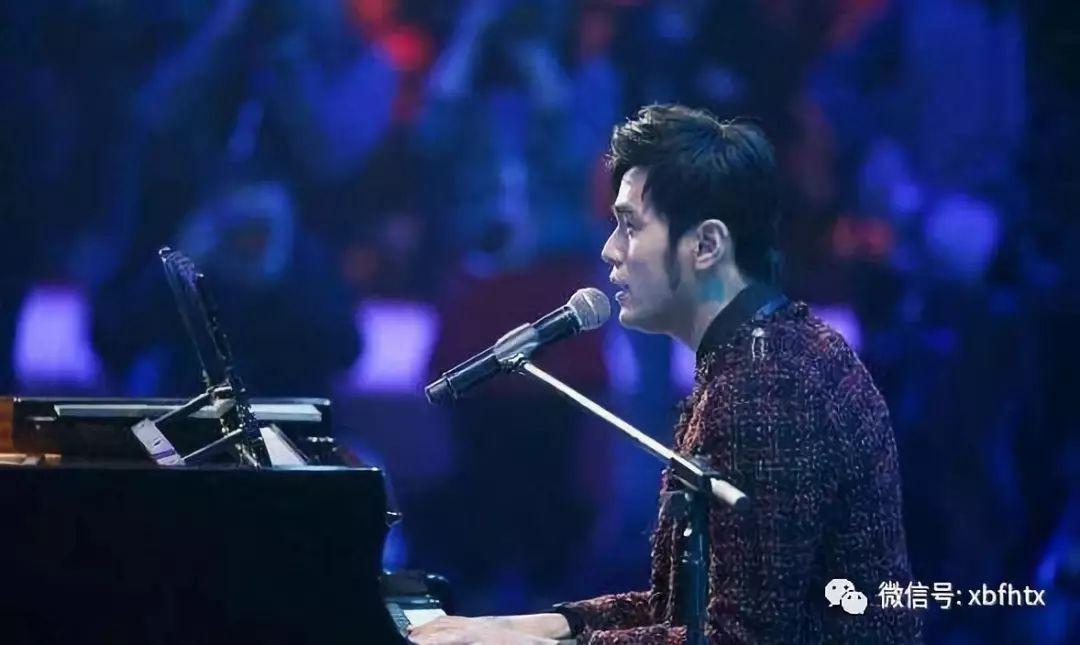 【周杰伦都能教郎朗弹钢琴了?他的琴艺到底如何呢? 】 -音乐