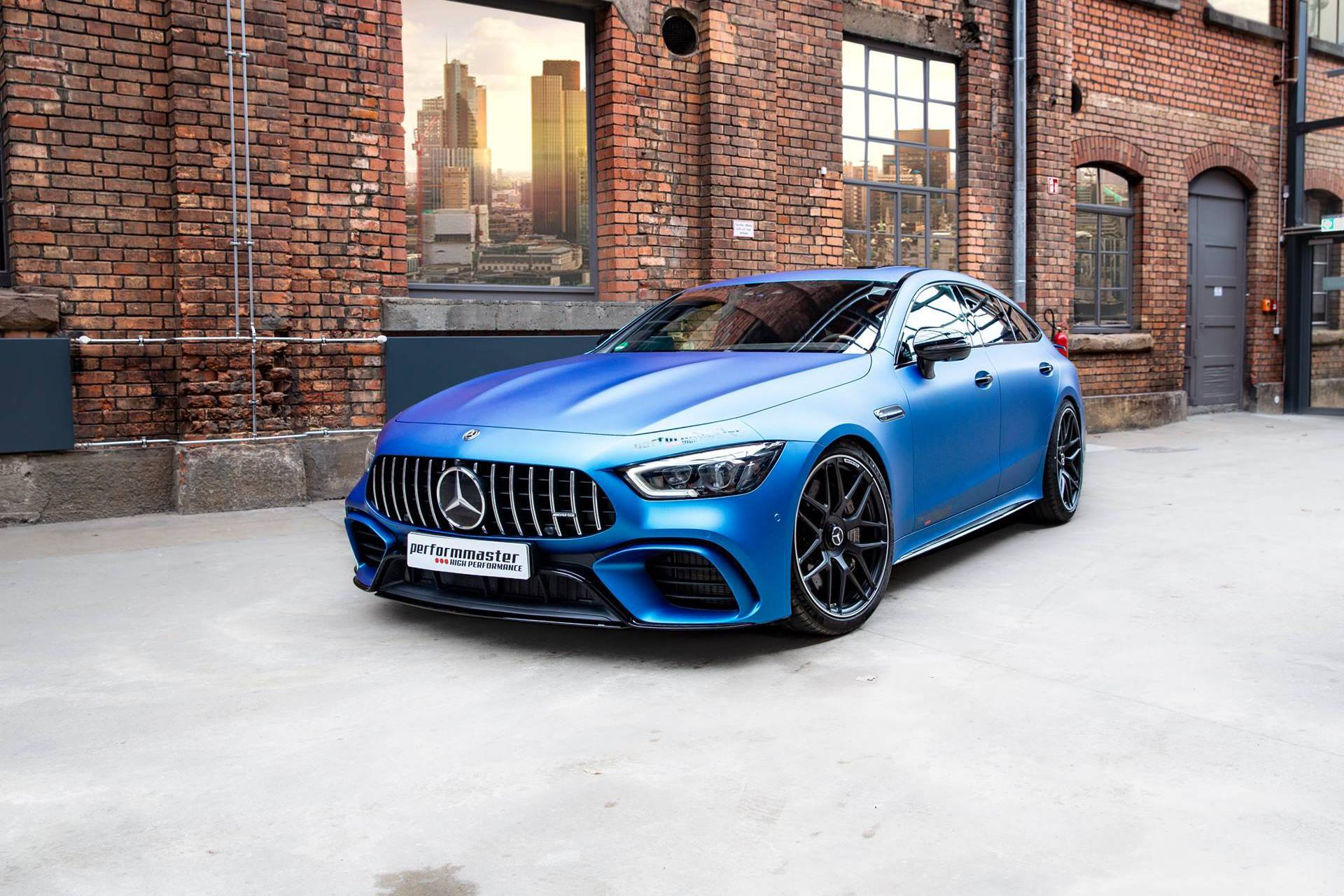 奔驰Mercedes-AMG GT 63 S增至730 HP限量版