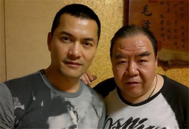 93年一部香港鬼片,吕良伟郑则仕主演,每次掏耳朵都会想到