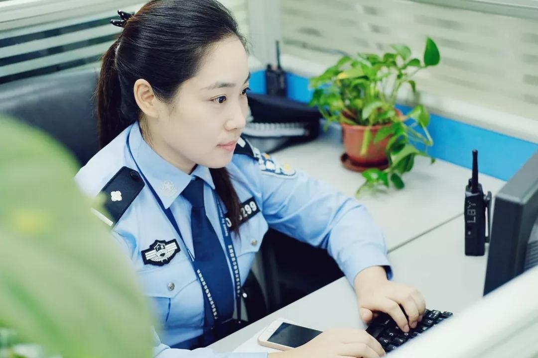 女神月 致敬广东机场公安女警(图14)