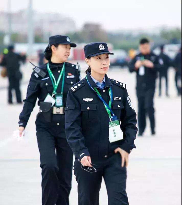 女神月 致敬广东机场公安女警(图6)