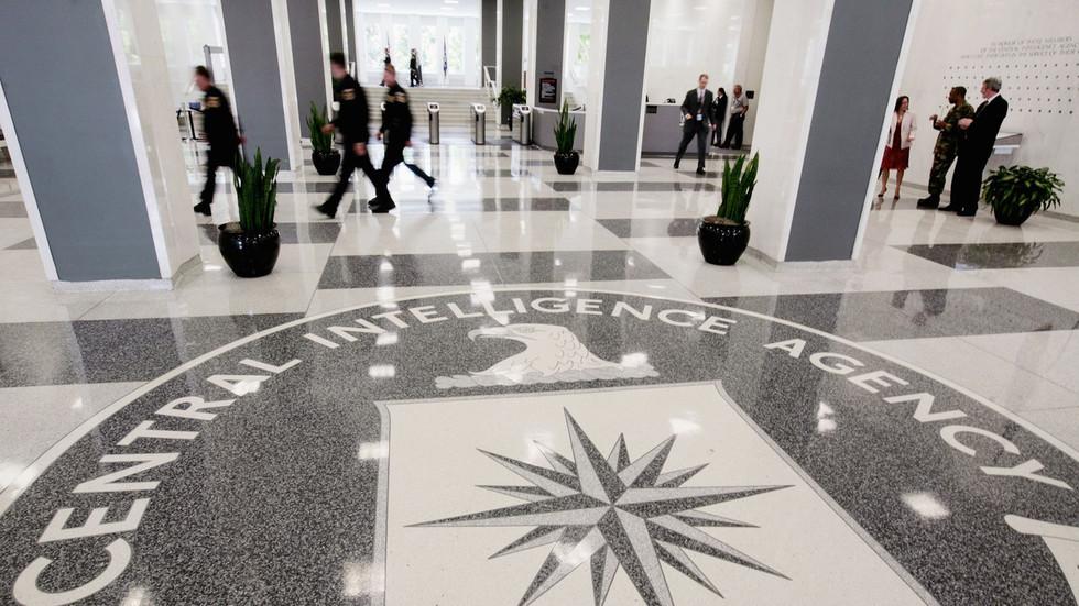 美国CIA招聘广告居然出语法错误?俄罗斯开启狂酸模式