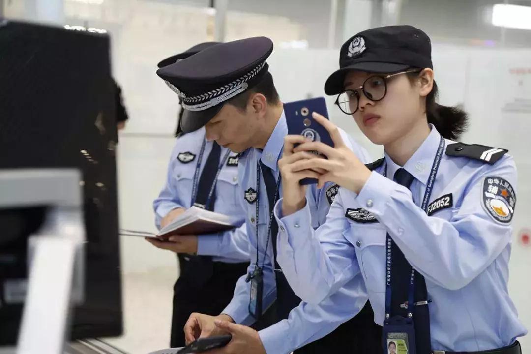 女神月 致敬广东机场公安女警(图17)