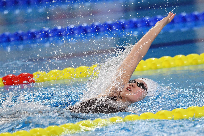 游泳——全国冠军赛:柳雅欣获女子200米仰泳冠军