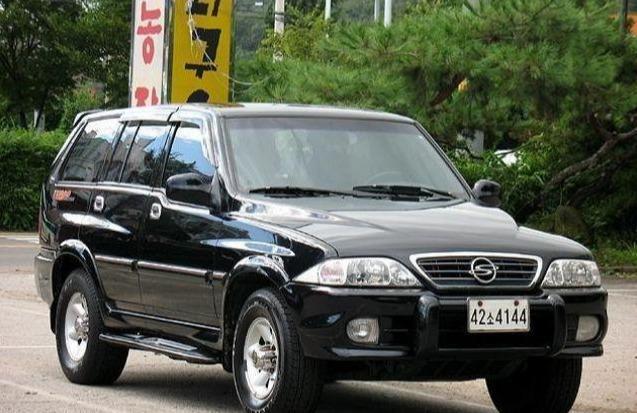 韩国的汽车工业曾经与一百个学派竞争