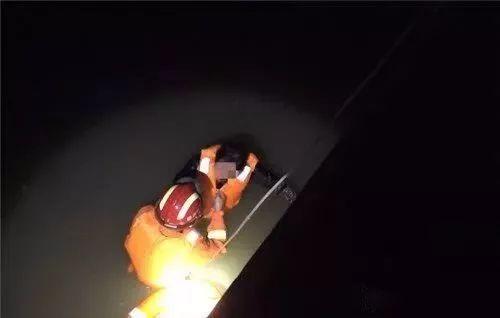 常州醉酒大妈落水,获救后居然要把女儿嫁给消防员?